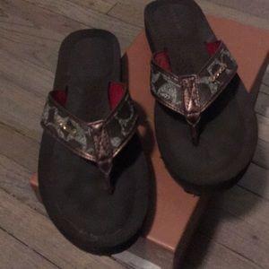Coach flip-flops size 8 medium